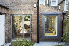 Ply lined window seat House Extension Design, Extension Designs, Extension Ideas, Window Seat Kitchen, Window Seats, Grand Designs Live, Open Plan Kitchen Diner, Side Return, Rear Extension