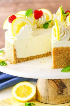 No Bake Lemon Cheesecake - creamy, tart and easy to make! It's full of lemon flavor and such a great dessert for spring and summer! # no bake Desserts No Bake Lemon Cheesecake Recipe Best No Bake Cheesecake, Lemon Meringue Cheesecake, Lemon Cheesecake Recipes, Chocolate Cheesecake Recipes, Lemon Desserts, Great Desserts, No Bake Desserts, Dessert Recipes, Raspberry Cheesecake
