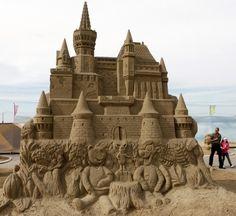 scultura con la sabbia.