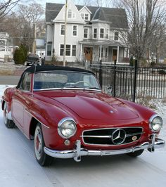 Prize winning Mercedes-Benz SL up for auction on @eBay. Celebrate #ThrowbackThursday in style by checking out this vintage classic.