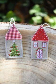 Christmas Decorations, Christmas Ornaments, Holiday Decor, Diy Accessoires, Textiles, Holiday Jewelry, Christmas Sewing, Quilt Stitching, Cross Stitch Flowers