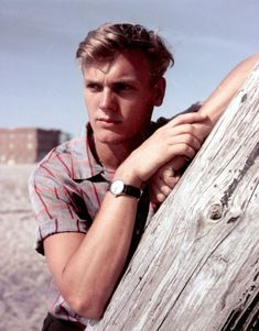 """absolute-most: """"Happy birthday, Tab Hunter (July 1931 - July """" Vintage Hollywood, Classic Hollywood, Tab Hunter, Hunter Movie, Film Icon, Cute Gay Couples, Billboard Hot 100, Pop Singers, Classic Films"""