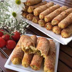 Nefis Çin Böreği Pastry Recipes, Pie Recipes, Sweet Recipes, Snack Recipes, Turkish Recipes, Asian Recipes, Good Food, Yummy Food, Party Snacks