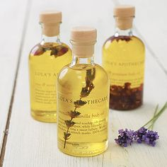 Lavender And Camomile Bath Oil-£18