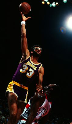 6× NBA champion (1971, 1980, 1982, 1985, 1987–1988) 2× NBA Finals MVP (1971, 1985) 6× NBA Most Valuable Player (1971, 1972, 1974, 1976, 1977, 1980)