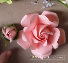 All of my SVG templates, include freebies, to make paper flowers, paper crafts are here. Paper Flower Patterns, Paper Flowers Craft, Crepe Paper Flowers, Flower Crafts, Fabric Flowers, Paper Crafts, Diy Flowers, Paper Lace, Tissue Flowers