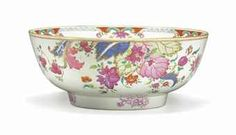 A RARE CHINESE EXPORT PORCELAIN 'TOBACCO LEAF' PUNCHBOWL -  CIRCA 1775 -  Vividly enameled in the classic pattern, the interior center with a foliate spray.  11¼ in. (28.6 cm.) diameter