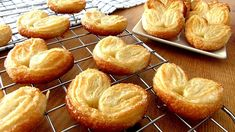 French Desserts, No Bake Desserts, Delicious Desserts, Dessert Recipes, Yummy Food, Mexican Food Recipes, Cookie Recipes, Cabbage Rolls Recipe, Food And Drink