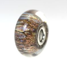 Trollbeads Gallery - Magic Lamp With A Twist:1, $34.00 (http://www.trollbeadsgallery.com/magic-lamp-with-a-twist-1/)