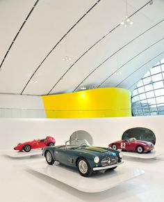 A new museum in Modena, Italy, exemplifies the paradoxically organic yet technical vision of the late Jan Kaplický of Future Systems. Building Museum, Car Museum, Ferrari Showroom, System Wallpaper, Future Systems, Museum Displays, Glass Facades, Exhibition Space, Museum Exhibition