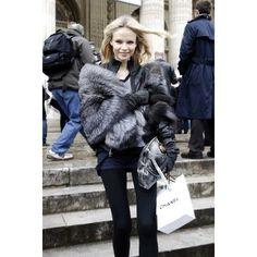 Natasha Poly, fur coat