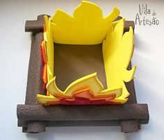 Fogueira de cima Camping Parties, Camping Theme, Fall Crafts, Diy And Crafts, Arts And Crafts, Safari Theme Party, Party Themes, Bonfire Night Crafts, Mickey Mouse Wreath
