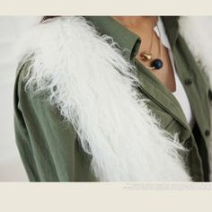 ARIA MALL  V-Neck Furry Vest