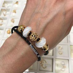#pandorashine #pandoragold #pandoraleather #pandorabracelet #pandora #pandoracharm #pandoramurano #pandora2018 pandorajewelry #18kgold #bracelet #armcandy #goldplated