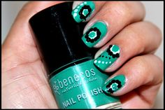 Happy New Year! This is my first post of 2016. I hope you guys had a great time with family and friends on Christmas and New Year. Today I am going to share two nail art designs with you beauties. ...