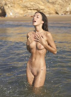 """A Must Follow """"   Another Blog of Sexy Ladies """""""