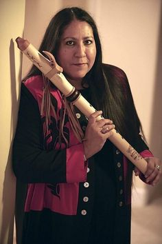 Mary Youngblood (raised as Mary Edwards) is a Northern California Native American flutist. She is half Aleut, and half Seminole. Youngblood was born in Sacramento, California. Native American Music, Native American Beauty, Native American Photos, Native American History, Native American Indians, Native Indian, Nativity, Sacramento California, Northern California