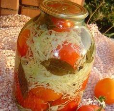 Обалденная закуска на зиму — помидоры с капустой... Обязательно приготовьте, Вам понравится!