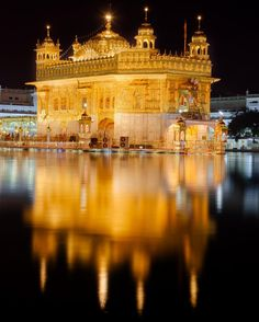 Citation Zen, Harmandir Sahib, Golden Temple Amritsar, Most Visited, Picture Captions, Incredible India, Big Ben, Taj Mahal, Cool Photos