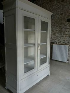 Armoire patin e meuble biblioth que gris shabby chic for Meuble grillage a poule