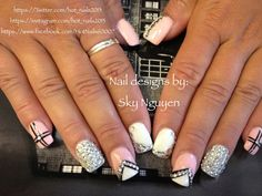Rhinestones nail designs