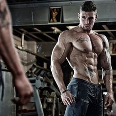 Ross Dickerson - Bringing that Freak Physique