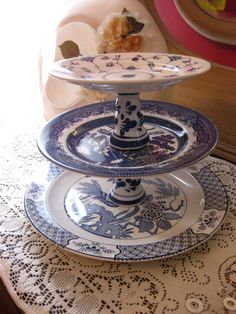 Exotic Far East - 3 Tiered Cake Plate - Cake Stand - Cup Cake Stand - Vintage Tea Party - Jewelry Holder