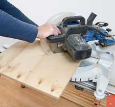 Så enkelt lager du din egen trapp - viivilla.no Home Appliances, Scale, House, Stairs, House Appliances, Weighing Scale, Home, Appliances, Libra