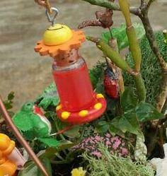 """tiny 1-1/2 """"hummingbird feeder"""