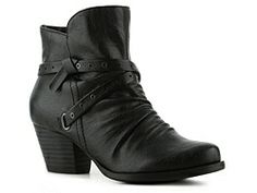 Bare Traps Roma Bootie..just bought these in brown!  Nice cushioning in the toe