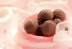 Bomboane de Ciocolata cu Nuca de Cocos (bomboane ganache ciocolata cocos)
