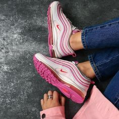 Sneakers women - Nike Air Max 97 (©onyka_)