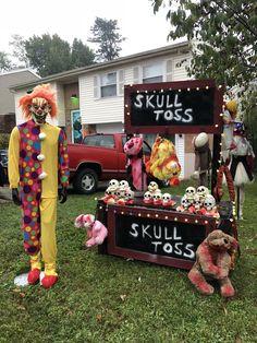 Freak Show Halloween, Halloween Circus, Creepy Halloween Decorations, Outdoor Halloween, Diy Halloween Decorations, Holidays Halloween, Halloween Kids, Halloween Themes, Halloween Crafts