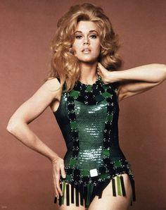 En 1968 la sensual Barbarella causaba sensación en los cines. Hoy la sensualidad está en los sex shop en donde puedes #comprar #consoladores y lencería erótica. Prueba en http://tienda.sensualplanet.es/