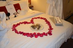 Our bed was decorated like this the night of our wedding ♥