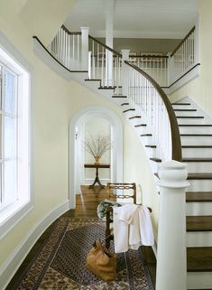 benjamin moore bleeker beige is a great neutral tan paint colour for any room in your home Yellow Paint Colors, Best Paint Colors, Interior Paint Colors, Yellow Painting, Wall Colors, House Colors, Light Yellow Walls, Yellow Painted Rooms, White Walls
