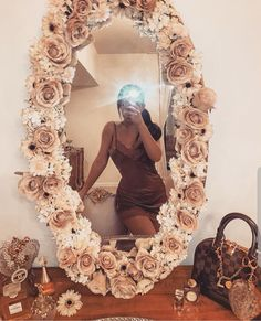 *flies to japan to take mirror selfies* Room Ideas Bedroom, Bedroom Decor, Flower Mirror, Diy Floral Mirror, Diy Mirror Decor, Mirror Ideas, Beauty Room Decor, Cute Room Decor, Aesthetic Room Decor