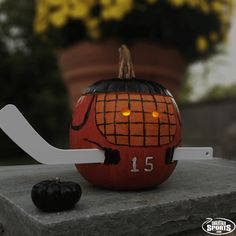 How-to: make this glowing goalie pumpkin