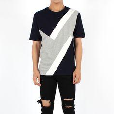 [세컨에디션] 절개 배색 트렌디 티셔츠(NAVY)