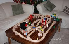Everyday Art: DIY Train Table