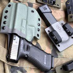 Foliage/Gray OTG sidewinder with #PaceClip. #kydex #holster #glock #glock17 #9mm #owb #ccw #edc #2ausc #2a #gun #foliagegreen #otghex #offthegrid #ccweapon