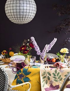 small space dinner party Purple and Red and Yellow Dining room