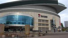Blazers selling Rose Garden naming rights.