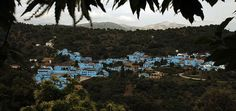 Smurf movie stunt sees Spanish town of Juzcar covered entirely inblue