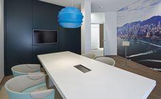 bkp - Vermögensberatungscenter: E15, Eiche furniert, mint lackiert, Polster Arm Leder Select, Sterling 310, Rücken/Sitz: Moon, Oyster