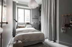 Tour a Serene and Spacious Stockholm Home with a Modern Chic Style - NordicDesign Big Area Rugs, Grey Walls Living Room, Gravity Home, Minimalist Bedroom, Scandinavian Style, Decoration, Decorating Your Home, Home Remodeling, Small Spaces