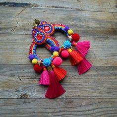 new newart art artist bracelets brooch jewelry handmadejewelry knitting earings beautiful idea handmade handicrafts iranianart Diy Tassel Earrings, Beaded Earrings, Earrings Handmade, Soutache Jewelry, Bead Jewellery, Textile Jewelry, Fabric Jewelry, Fashion Earrings, Fashion Jewelry