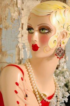 retro manequin heads | Vintage Style BLONDE FLAPPER MANNEQUIN HEAD 25 by nostalgiccorner