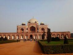 Humayun's Tomb, New Delhi, India Humayun's Tomb, Delhi India, Taj Mahal, Building, Travel, Beautiful, Goa India, Viajes, Buildings
