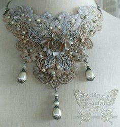 #costumejewelry